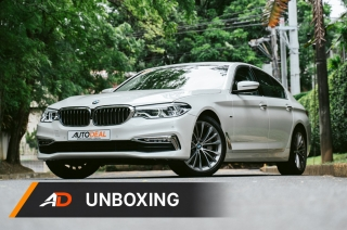 2019 BMW 530d Luxury Unboxing