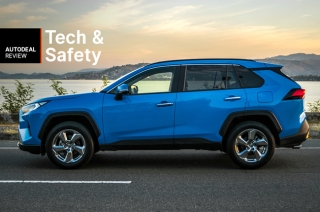 2019 Toyota RAV4 Technology & Safety