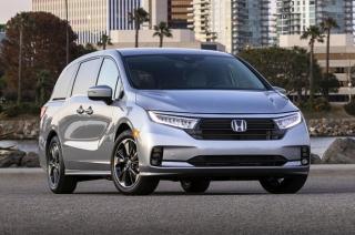 2021 Honda Odyssey exterior quarter front