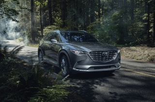 2021 Mazda CX-9 exterior quarter front