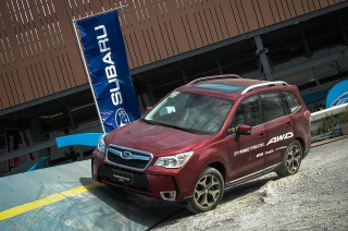 Subaru Ph challenges brave CUV owners to an off-road face off at 2015 MIAS