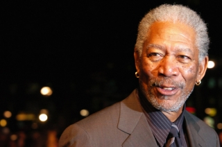 Waze hired God a.k.a. Morgan Freeman for your everyday drive