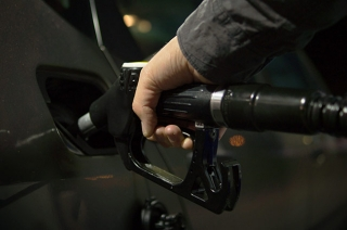 Driving habits that boost your car's fuel efficiency