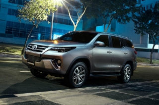 Toyota Manila Bay Corp's Superb Christmas Blowout offers special discounts