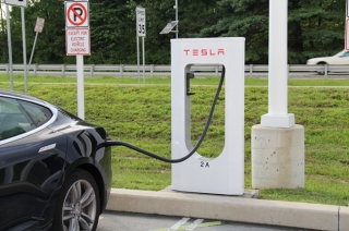 Tesla drops hints of faster ultra-fast EV chargers