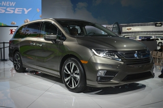 Honda Odyssey offers more and improved family-friendly technology.