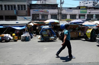 A street in Quiapo.