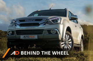 Isuzu mu-X 3.0 LS-A 4x2 AT - Behind the Wheel