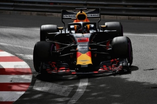 Aston Martin Red Bull Racing Honda
