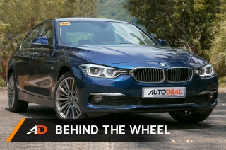 BMW 318d Luxury - Behind the Wheel