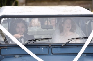 Kit Harington and Rose Leslie in a Land Rover Defender 90