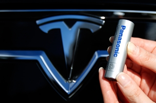 Tesla and Panasonic cobalt-free battery