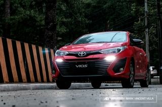 Toyota partners with Grab