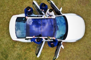 Hyundai and Kia tap solar panel car roof