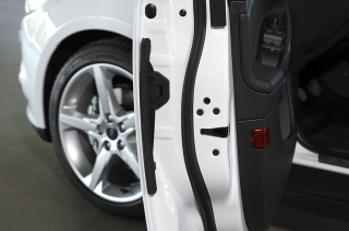 Car Door Rubber: Maintenance and Replacement