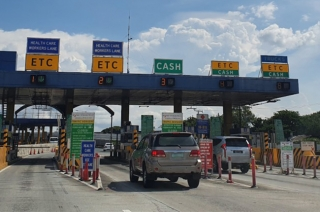 cash lanes to remain
