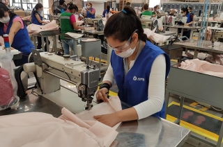 Ford producing hospital gowns