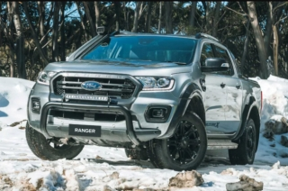 Ford Wildtrak X Exterior Front Quarter