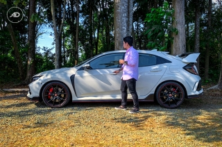 Honda Civic Type R family car