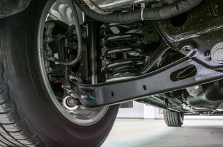 How to know if my car's control arm bushings are bad?