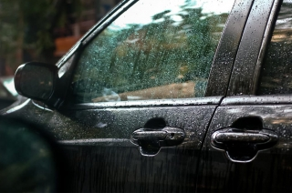 How to maintain your car during the rainy season?