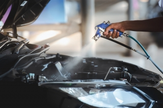 How to safely wash your car's engine bay