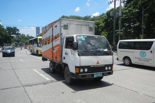 MMDA to resume light truck ban on EDSA and Shaw Boulevard starting May 24