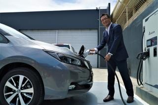 Nissan LEAF EV Atsushi Najima
