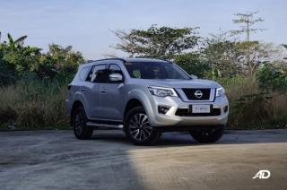 Nissan Terra 4x2 VL Exterior Front Quarter