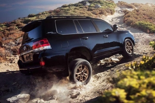 North America will soon bid farewell to the Toyota Land Cruiser