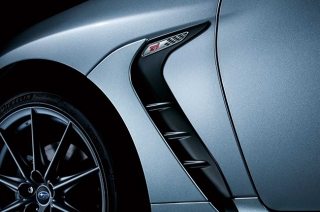 Subaru teases accessories and STI performance parts for the JDM-spec BRZ