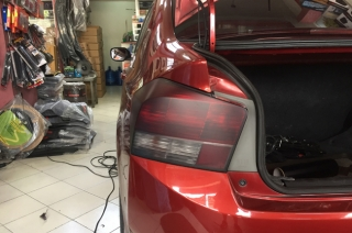 Tinted Taillights: Why you should avoid them