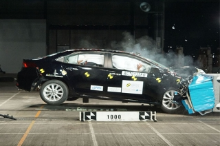 Toyota Altis 5-star safety rating