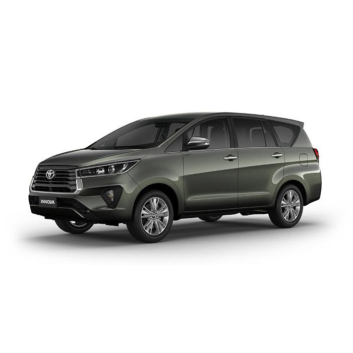 Alumina Jade Metallic Toyota Innova