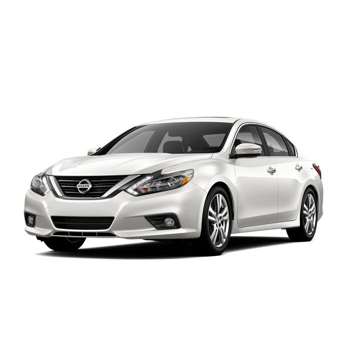 Nissan Altima Pearl White