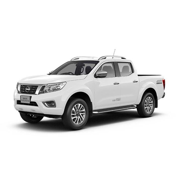 Nissan Navara Alphine White