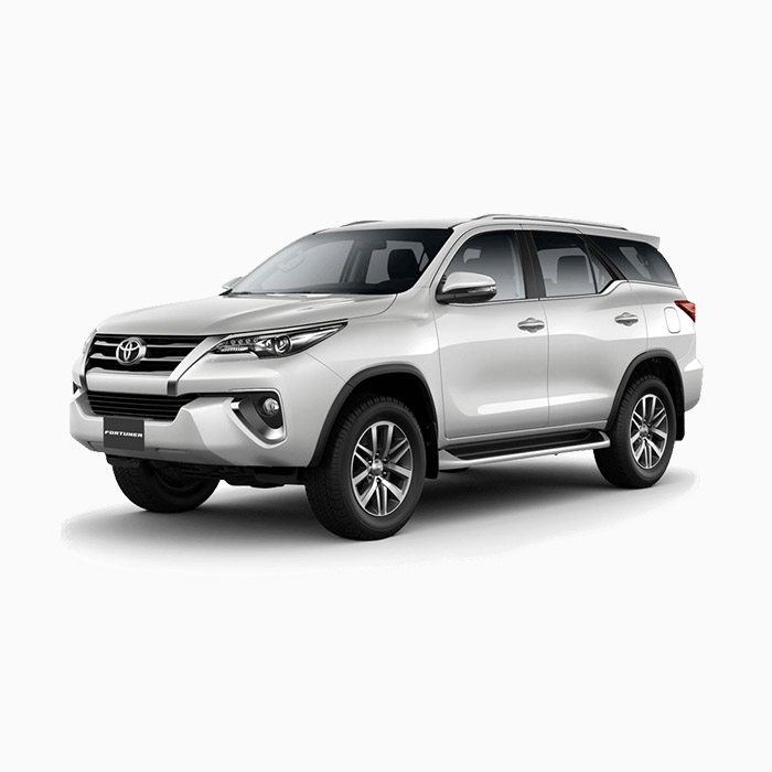 Toyota Fortuner White Pearl