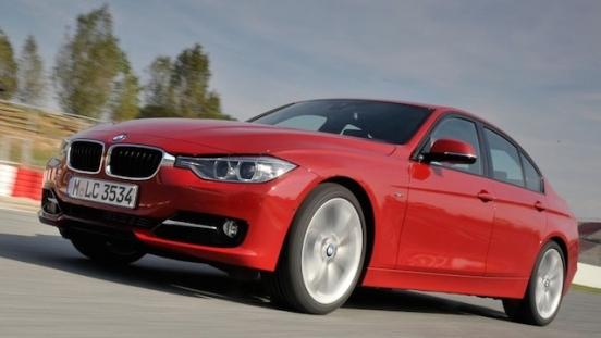 2018 BMW 3-Series Sedan front