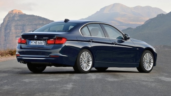 2018 BMW 3-Series Sedan rear