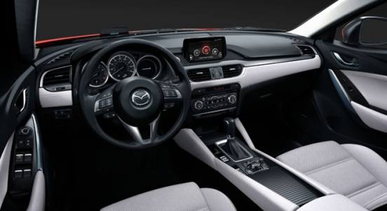 2018 Mazda 6 Sports Wagon dashboard
