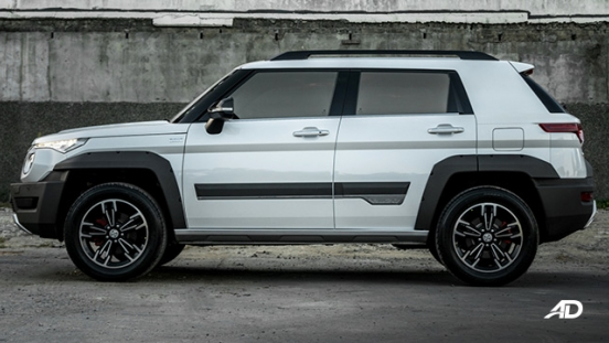 2019 BAIC BJ20 exterior side view