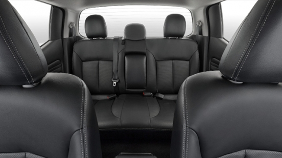 2019 Mitsubishi Strada Philippines rear seats