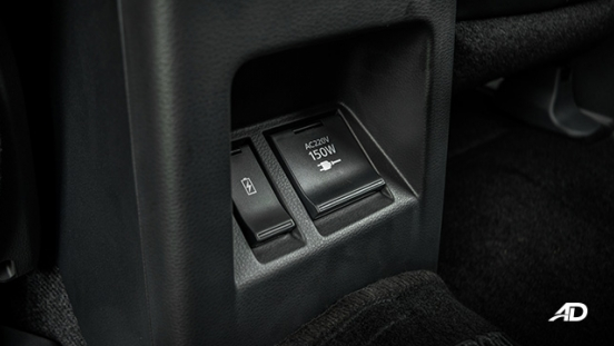 2020 montero sport rear USB