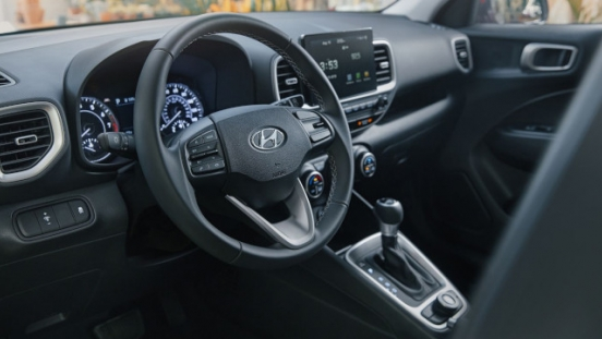 2021 Hyundai Venue Philippines interior steering wheell