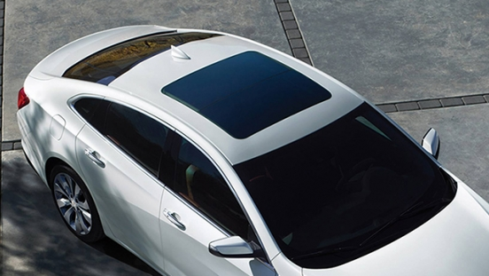 Chevrolet Malibu 2018 sunroof