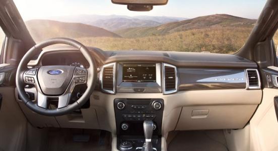 Ford Everest 2018 interior