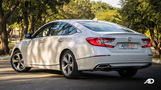 honda accord review road test rear quarter exterior philippines