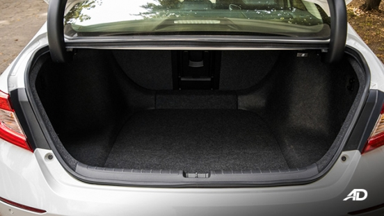 honda accord review road test trunk cargo interior