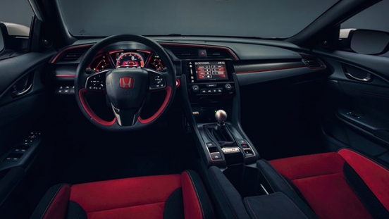 Honda Civic Type R 2018 Cockpit