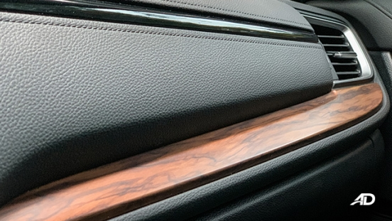 honda cr-v review road test dashboard wooden accents interior philippines
